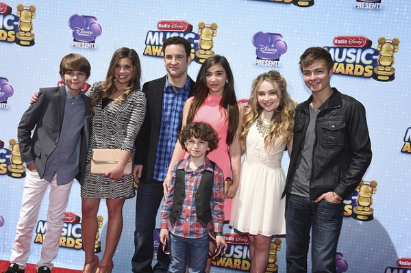Girl Meets World Spoilers Boy Meets World Spinoff Gets Season 2